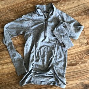 Athleta long sleeve run top XS EUC